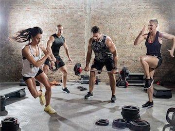 Spara upp till 55% på träningskläder hos Unisport!